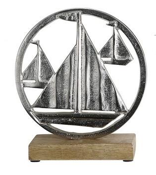 Segelboote-aus-Aluminium-mit-Sockel-aus-Holz_Wohnaccessoire_gruenzimmer-shop_strandkoerbe-und-gartenmoebel