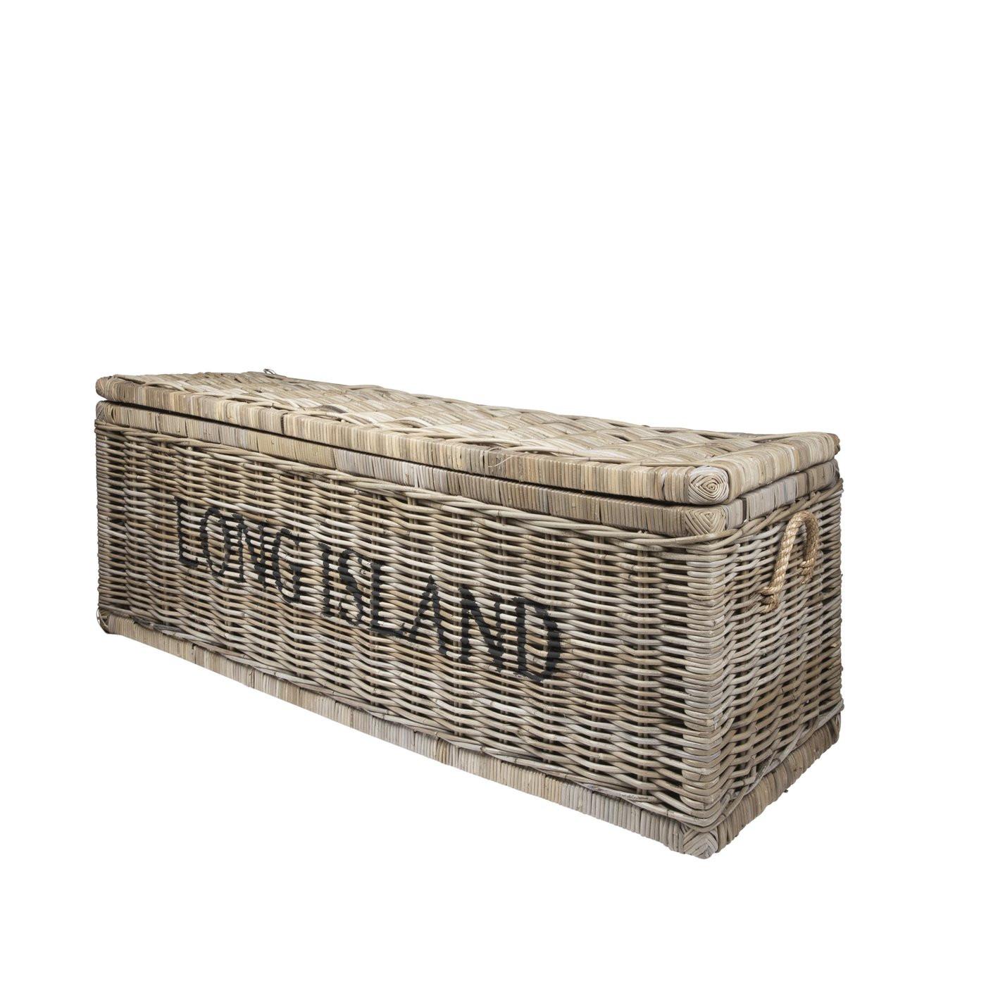 Gruenzimmer_long-island-truhe_mit-handgriffen_rattan-rightside_120x45x45cm